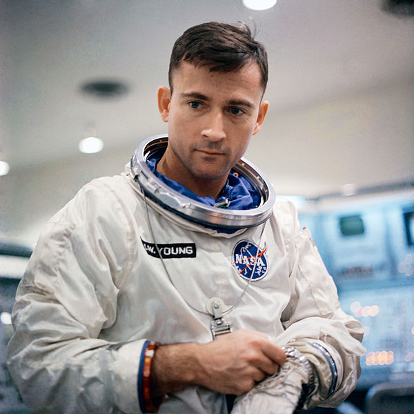 600px-Astronaut_John_Young_gemini_3